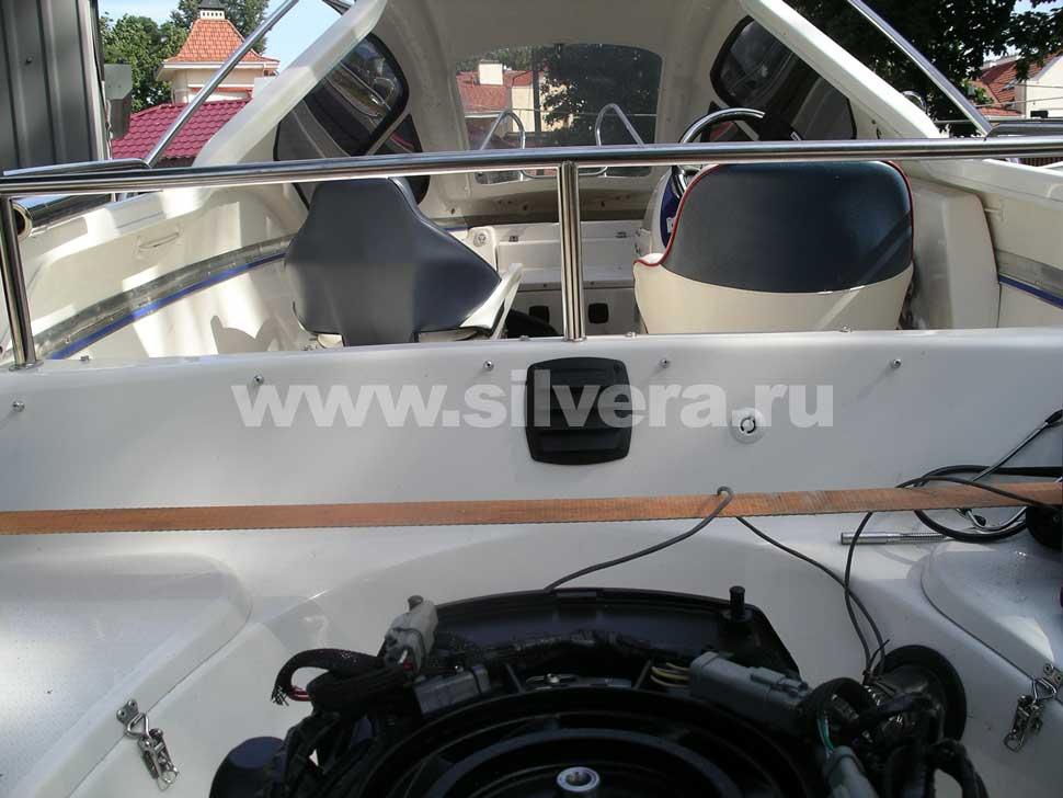 Дизайн катера silver dorado 540 некоторые